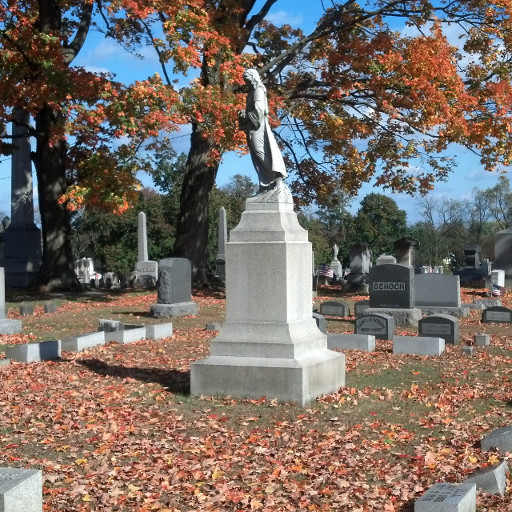 The Lewisburg Cemetery, Autumn